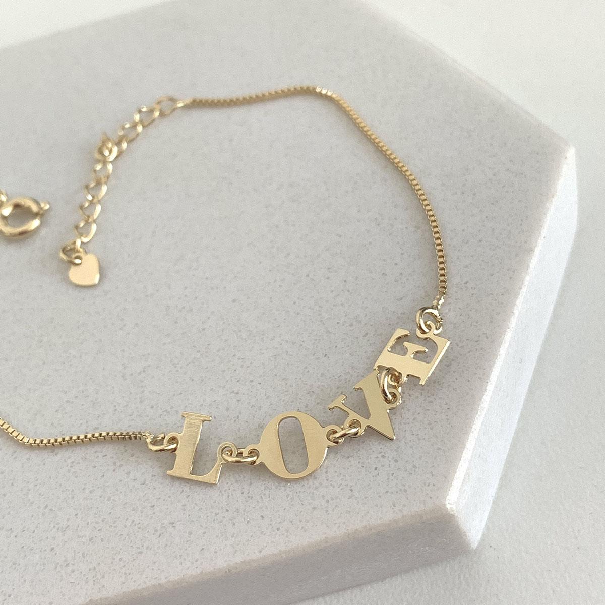Pulseira Banhada a Ouro 18k Letras Love