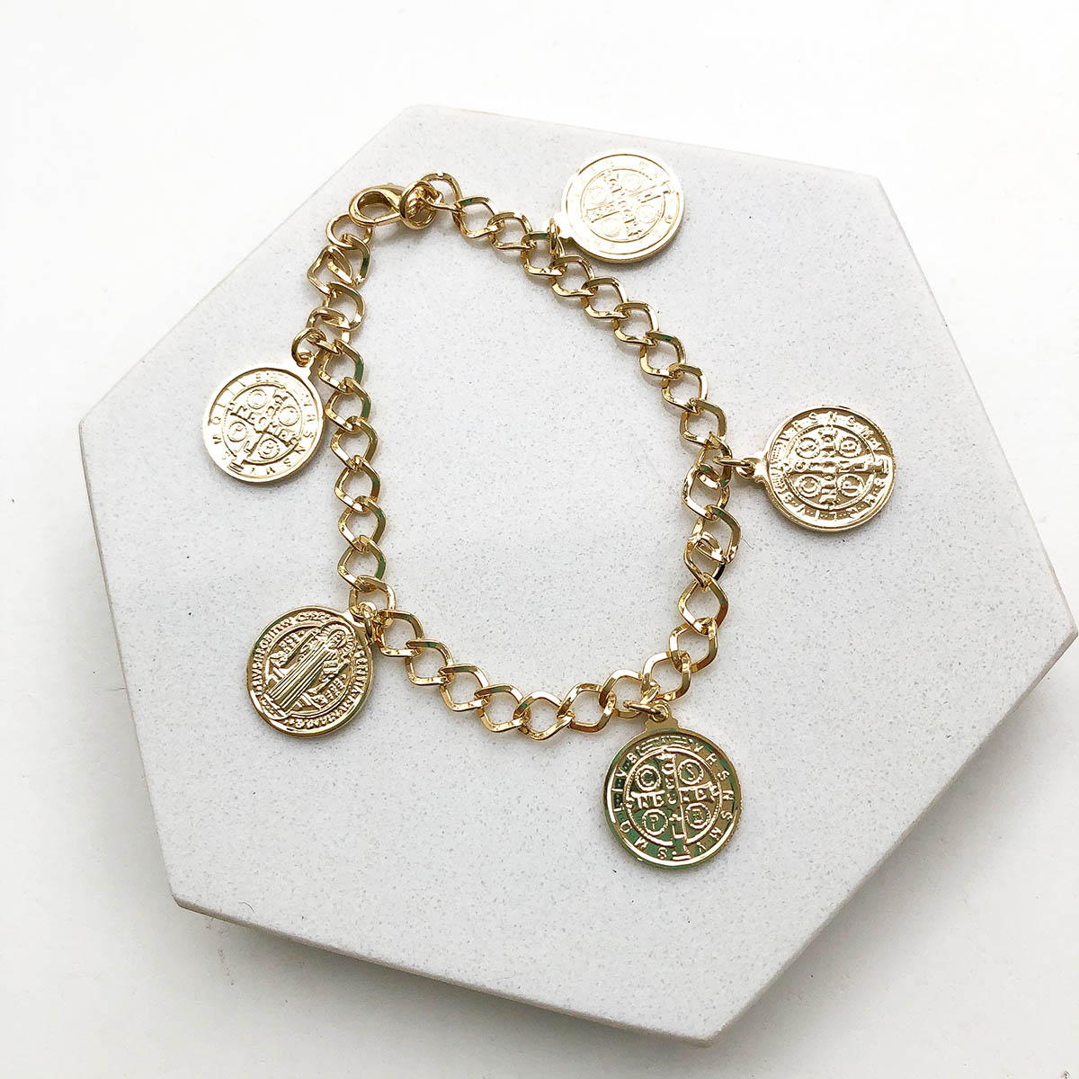 Pulseira Banhada a Ouro 18k São Bento Medalhas