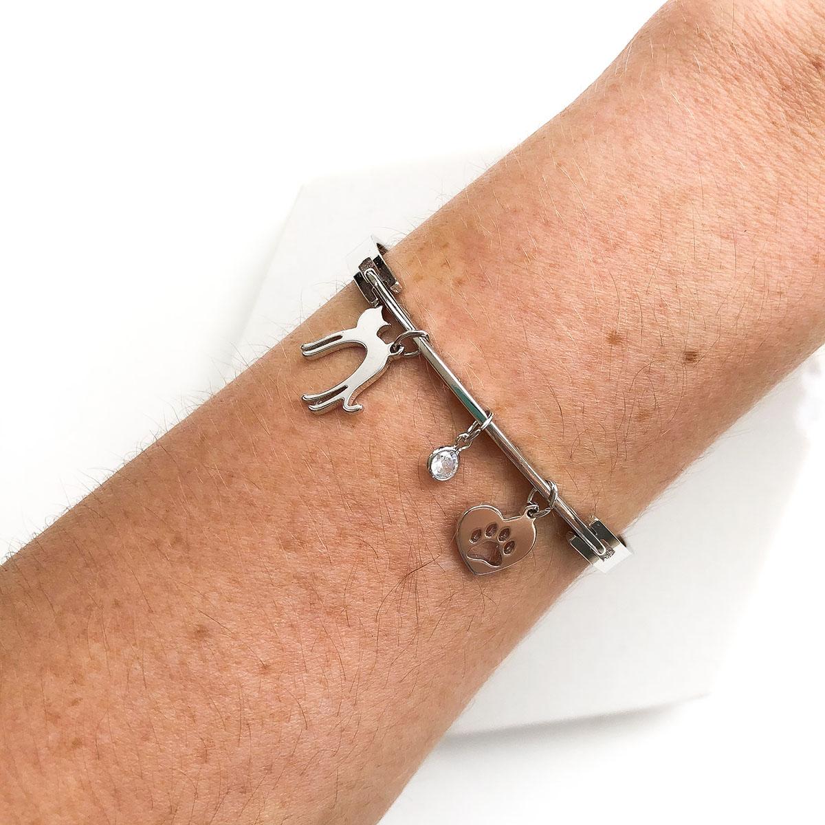 Pulseira Bracelete Banhada a Ródio Pingente Gatinho com Ponto de Luz
