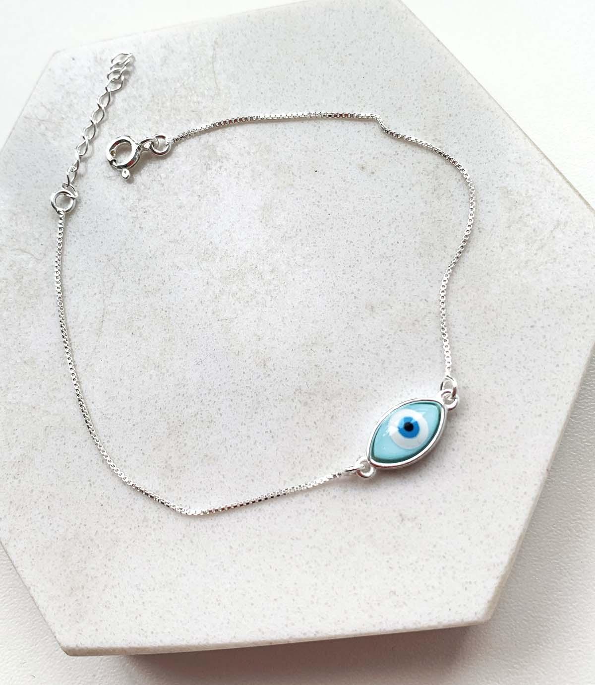 Pulseira de Prata Pingente Oval Olho Grego Azul Claro