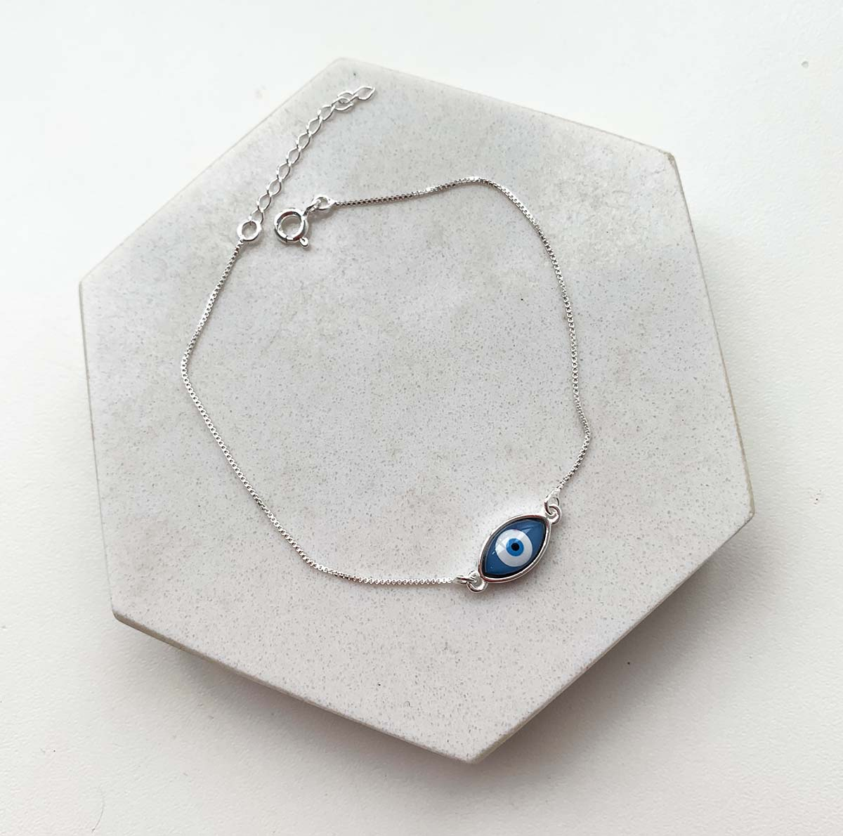 Pulseira de Prata Pingente Oval Olho Grego Azul Escuro