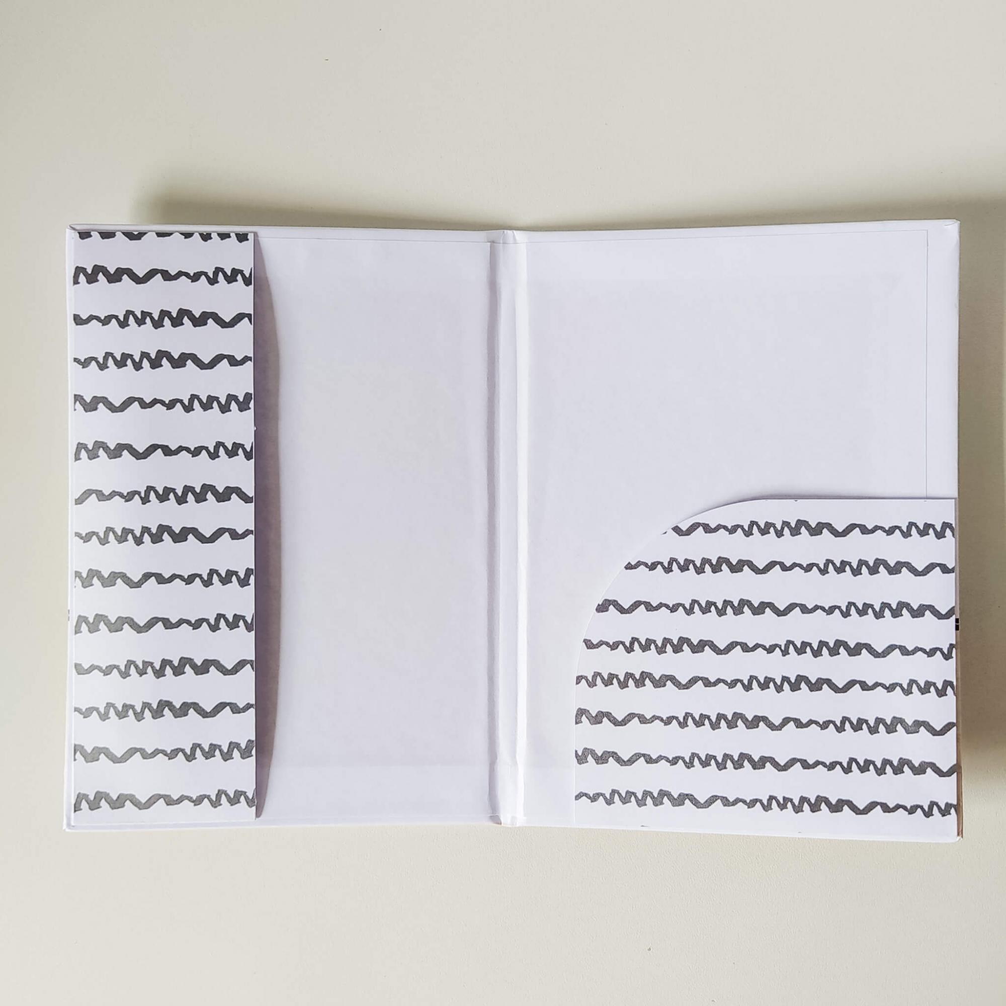 Porta documentos - Menina Coleção 2.0