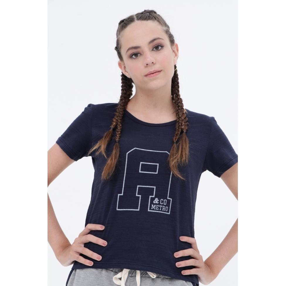 Camiseta A  - Metro & Co.