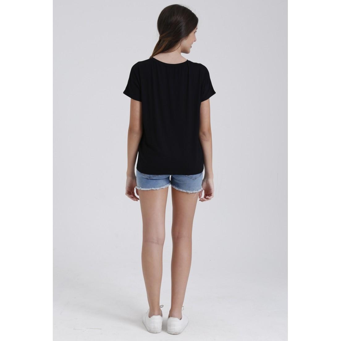 Camiseta Apart  - Metro & Co.