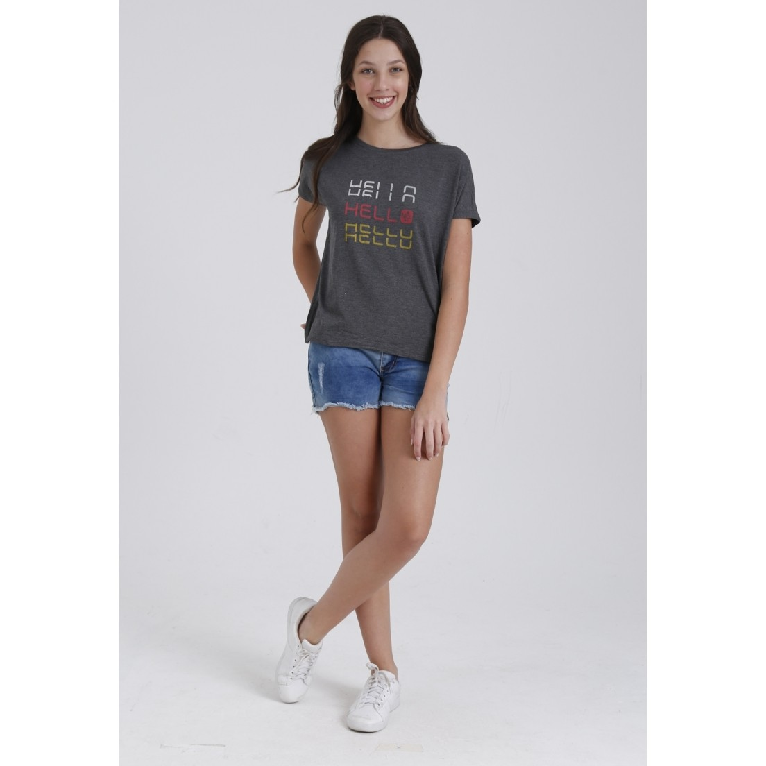 Camiseta Hello  - Metro & Co.
