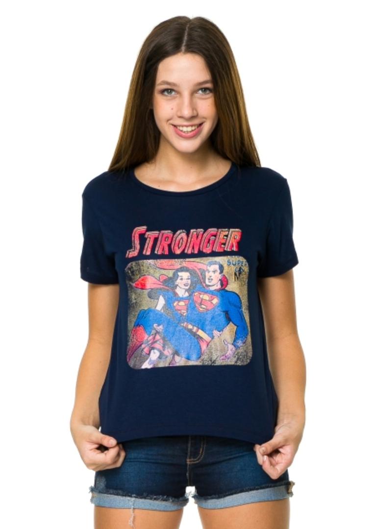 Camiseta Stronger  - Metro & Co.