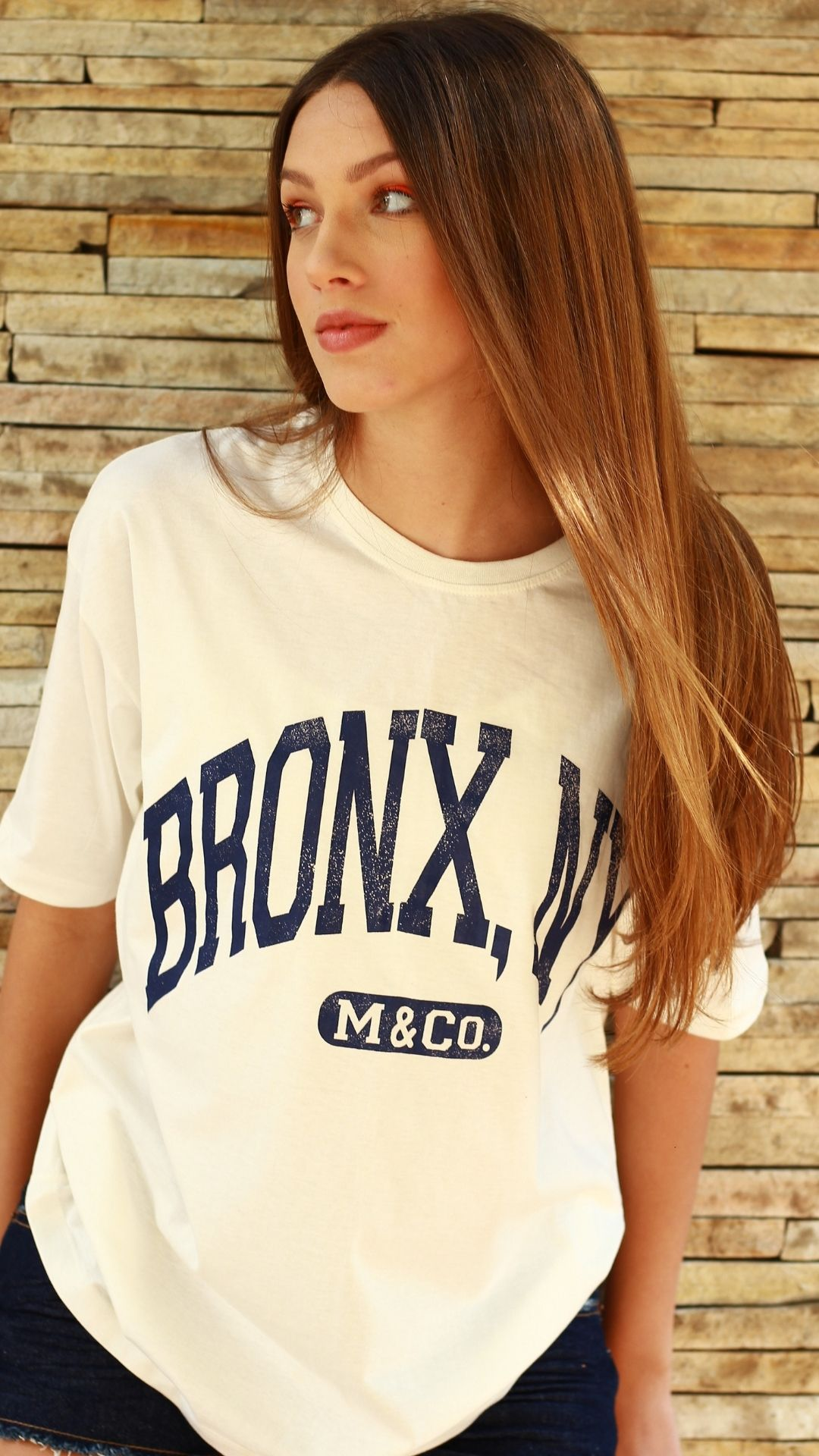 T-Shirt Camisetão Bronx  - Metro & Co.