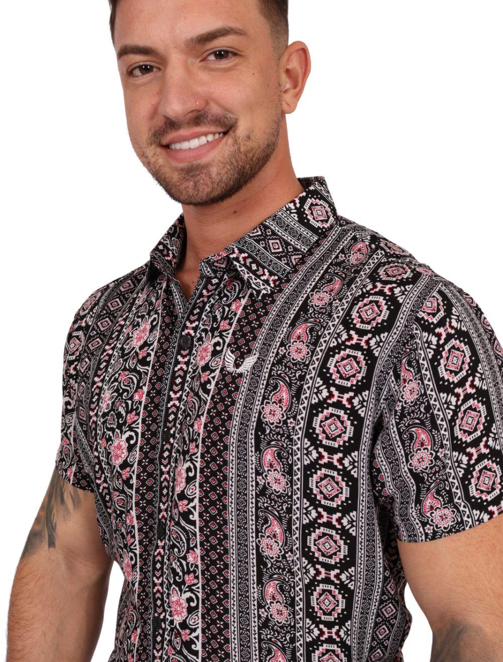 Camisa Masculina Manga Curta em Viscose Estampada