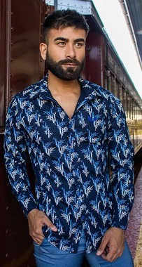 Camisa Masculina Slim Manga Longa com Elastano Azul Marinho