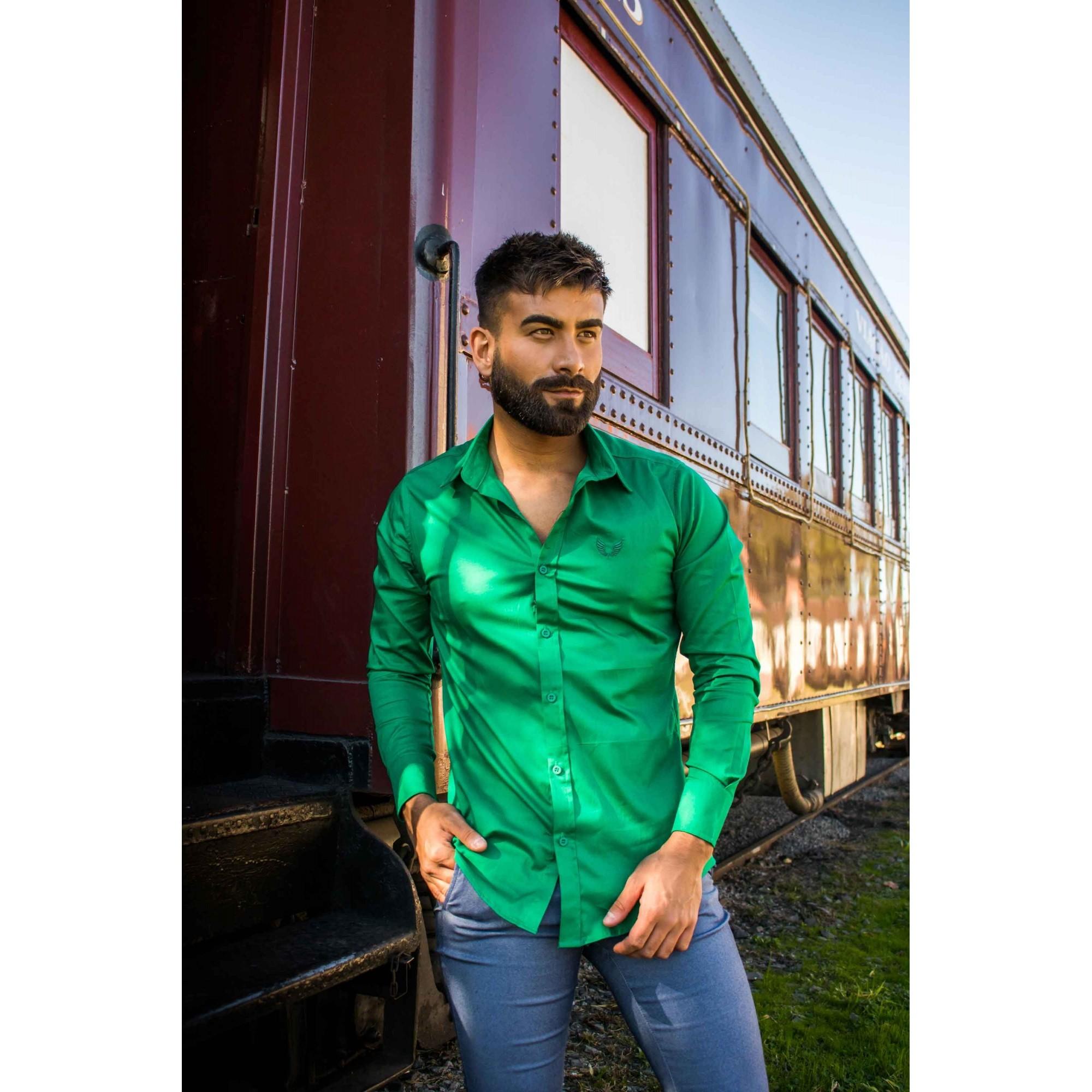 Camisa Masculina Slim Manga Longa com Elastano Verde