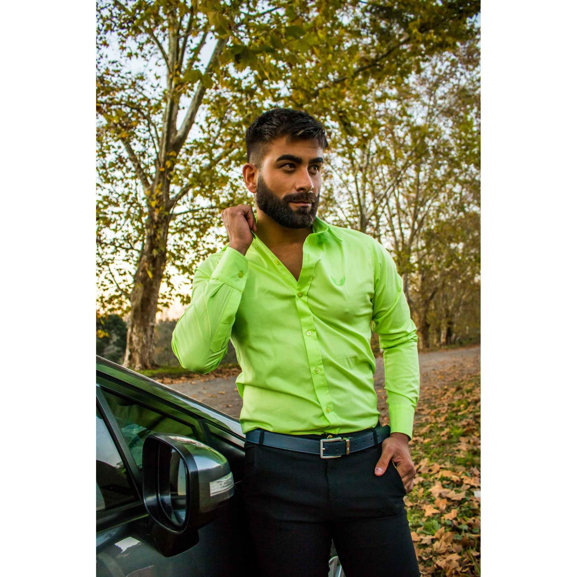 Camisa Masculina Slim Manga Longa com Elastano Verde Limão