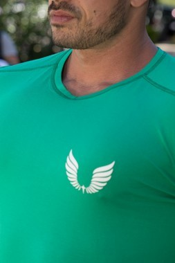 Camiseta Masculina Estampada Longline com Elastano Verde Fit