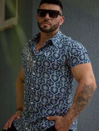 Camisa Masculina Slim Manga Curta Azul