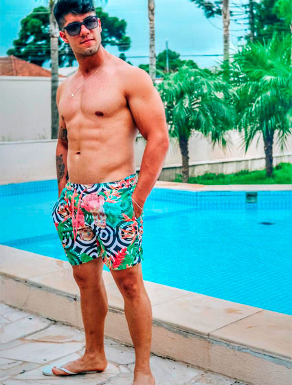 Short Praia Masculino Estampado Caveira Tropical