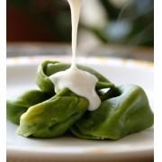 Agnolotti verde de nozes, ricota e uvas passas tradicional massa com um tempero especial 500 g