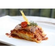 Lasanha Bolonhesa - carne bovina , mussarela, molho de tomate pelado 700g