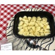 Porçao individual de mini capeletti de carne ao molho brodo