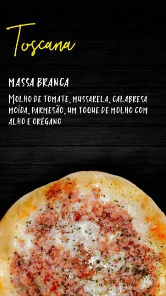 Pizzita toscana, massa tradicional, molho de tomate, mussarela, calabresa moída, parmesão, um toque de molho com alho e orégano - 4 unid.