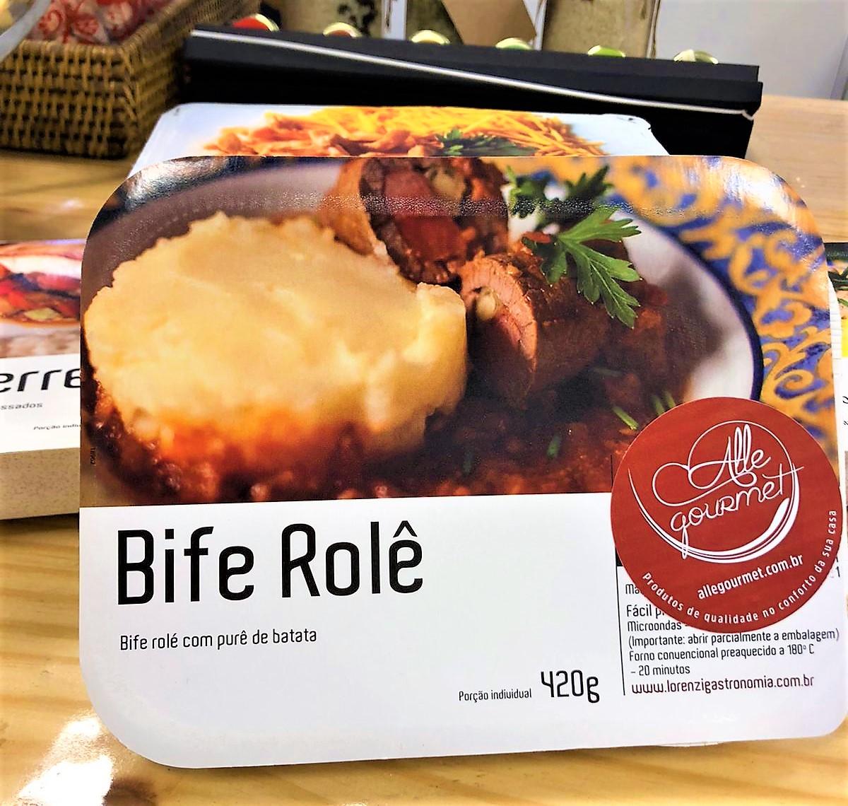 Refeição Bife a Rolê e purê de batata