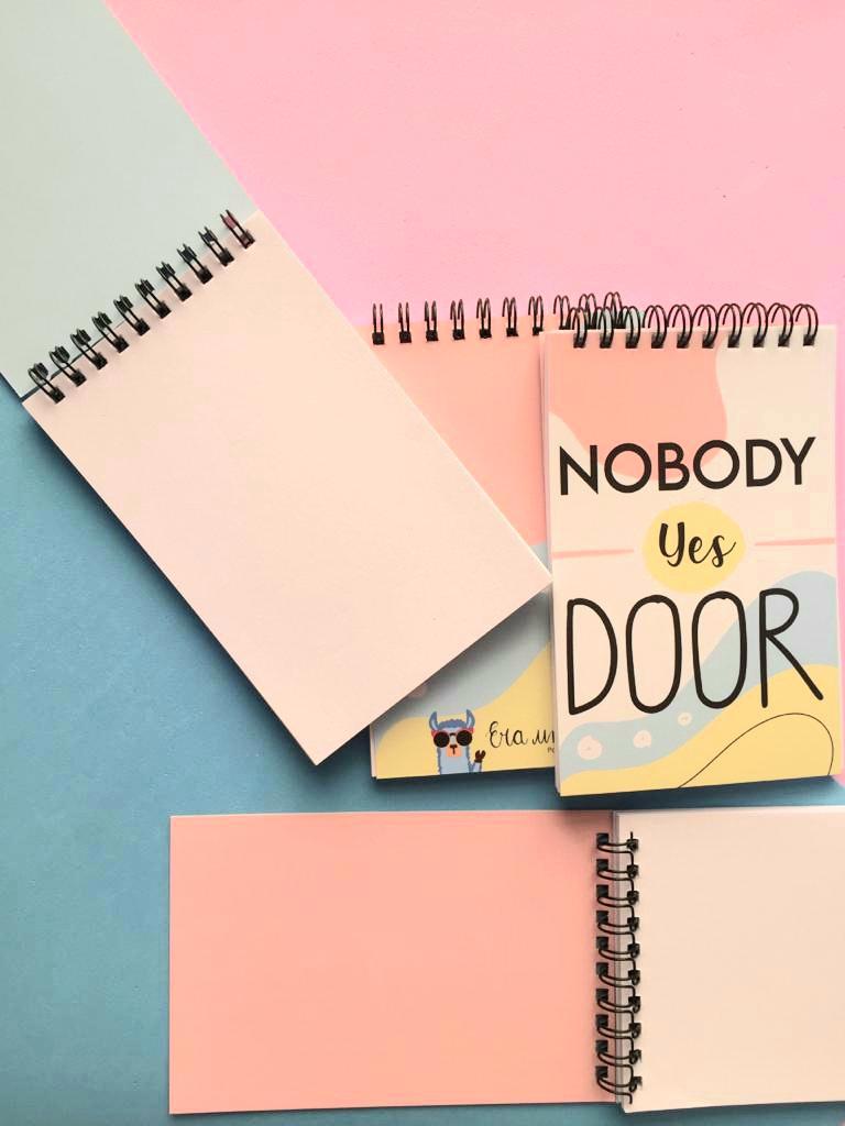 Bloquinho Nobody Yes Door