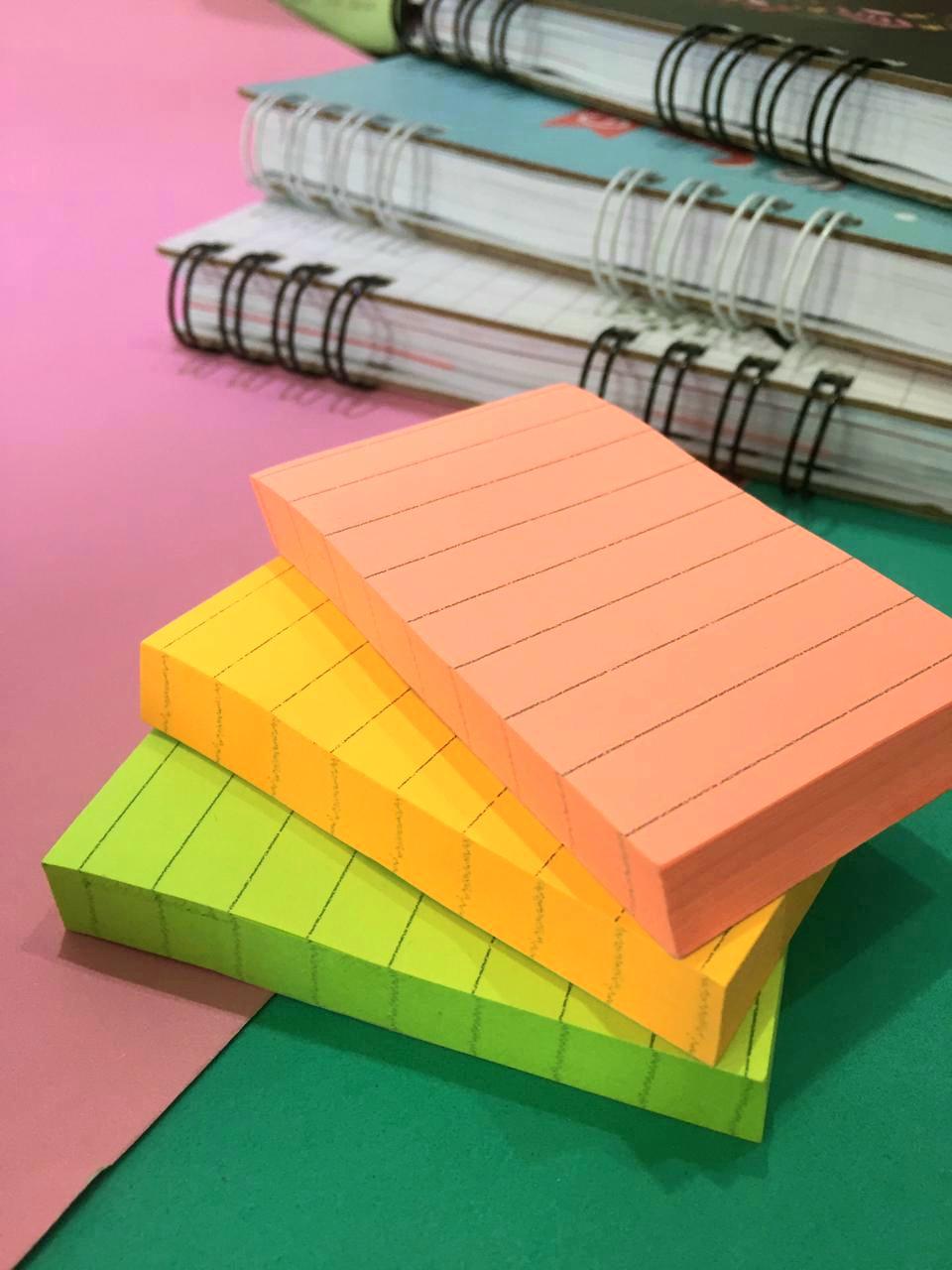 Sticky Note- Neon com Linhas