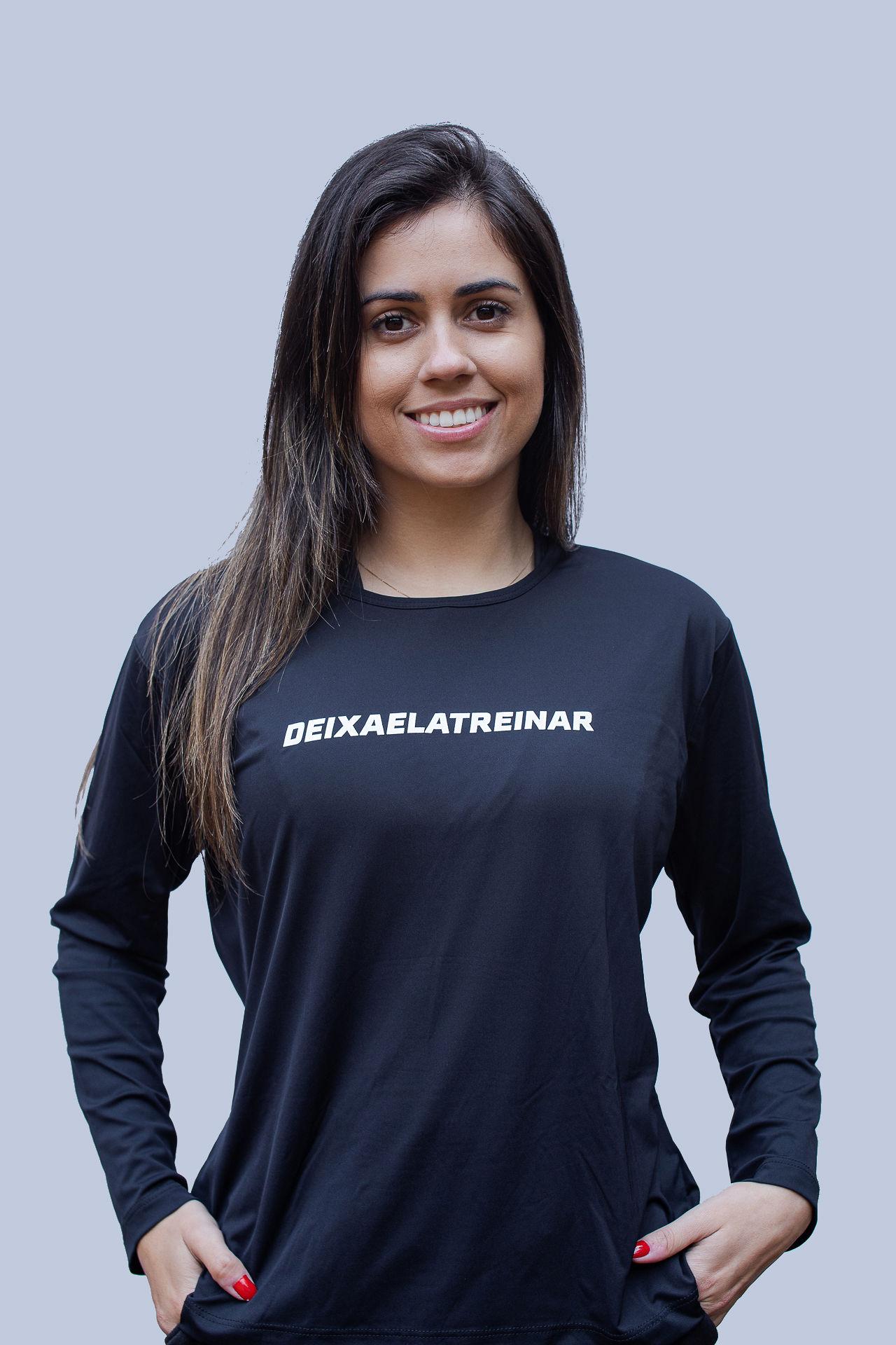 Camiseta (baby look) Deixa Ela Treinar Preto Básico (manga longa)