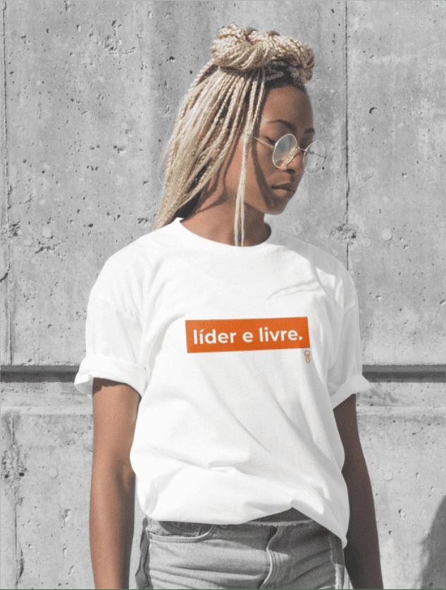 Líder e Livre (t-shirt branca)