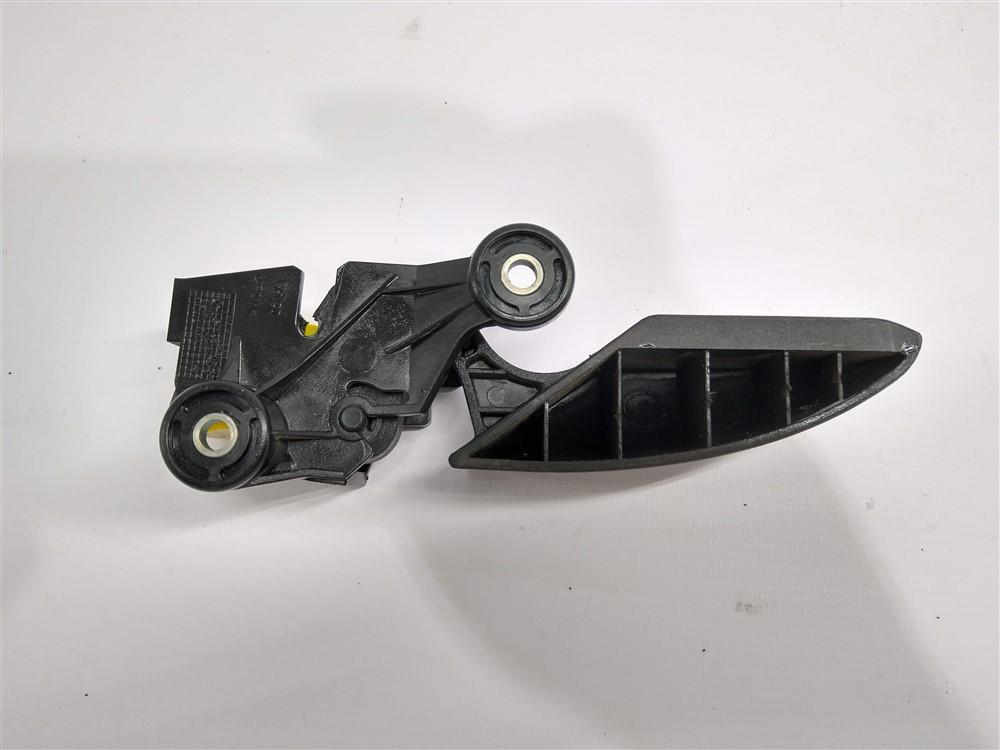 Alavanca puxador abertura tanque combustível Linea 2008-2012