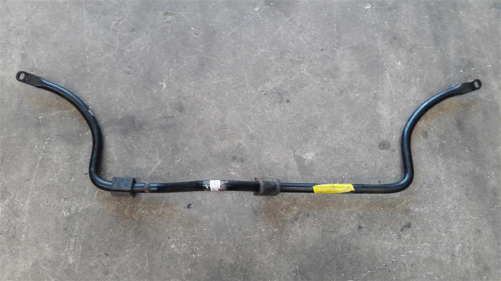 Barra estabilizadora suspensão dianteira Clio Kangoo 1.0 16v original