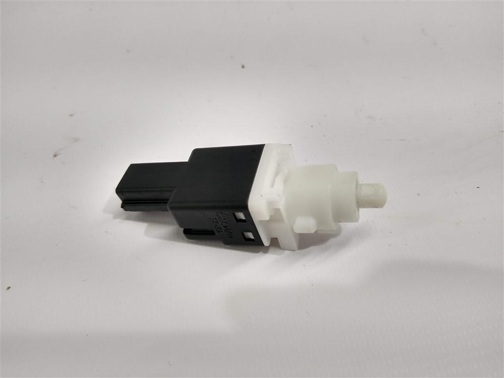 Botão interruptor pedal luz freio Linea Punto Bravo Palio