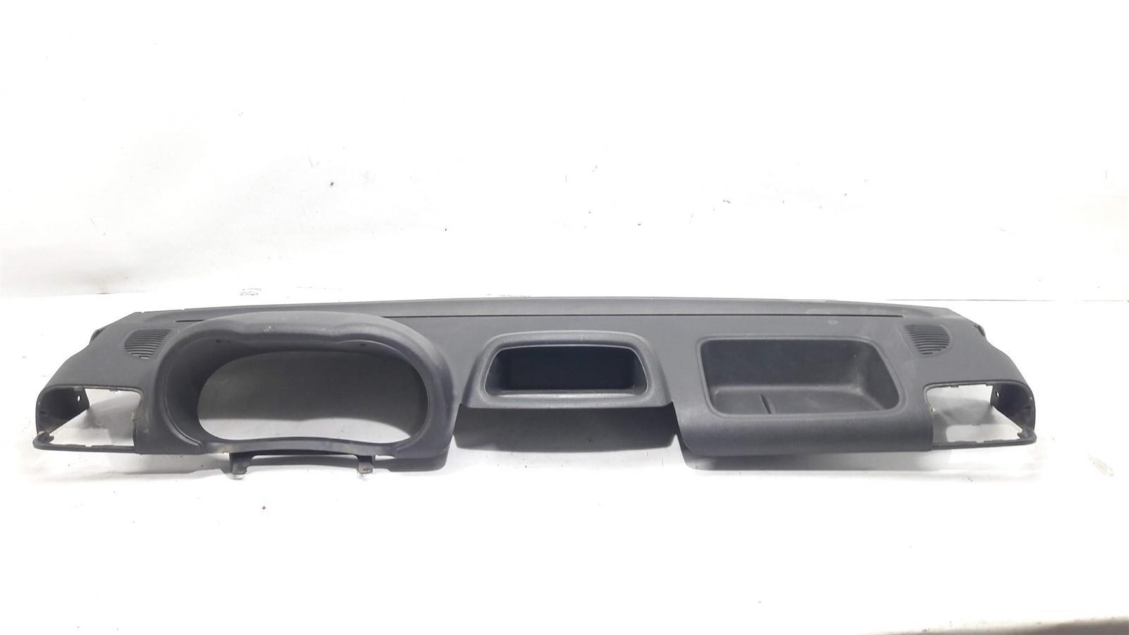 Capa moldura superior painel Clio 2008-2016