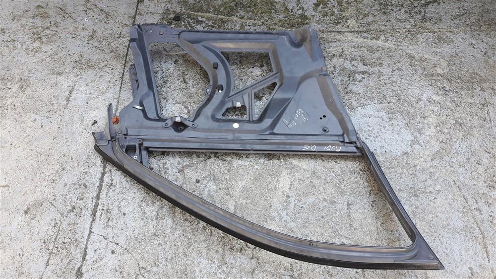 Carcaça porta dianteira esquerda Audi A3 original