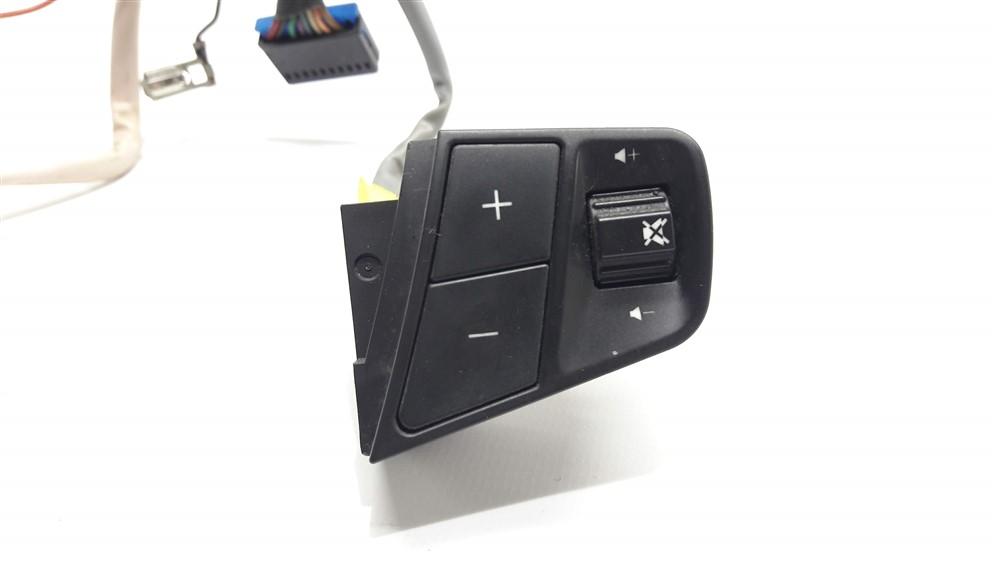 Comando controle som piloto automático volante Captiva 2008 2009 2010 2011 2012 original