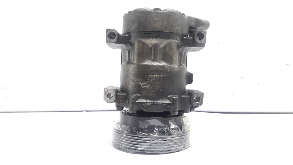 Compressor ar condicionado Clio Sandero Logan 1.6 16v original