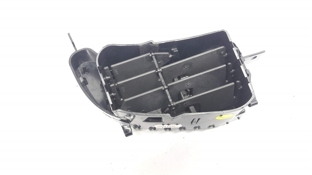 Difusor grade saída ar central painel Captur direito original