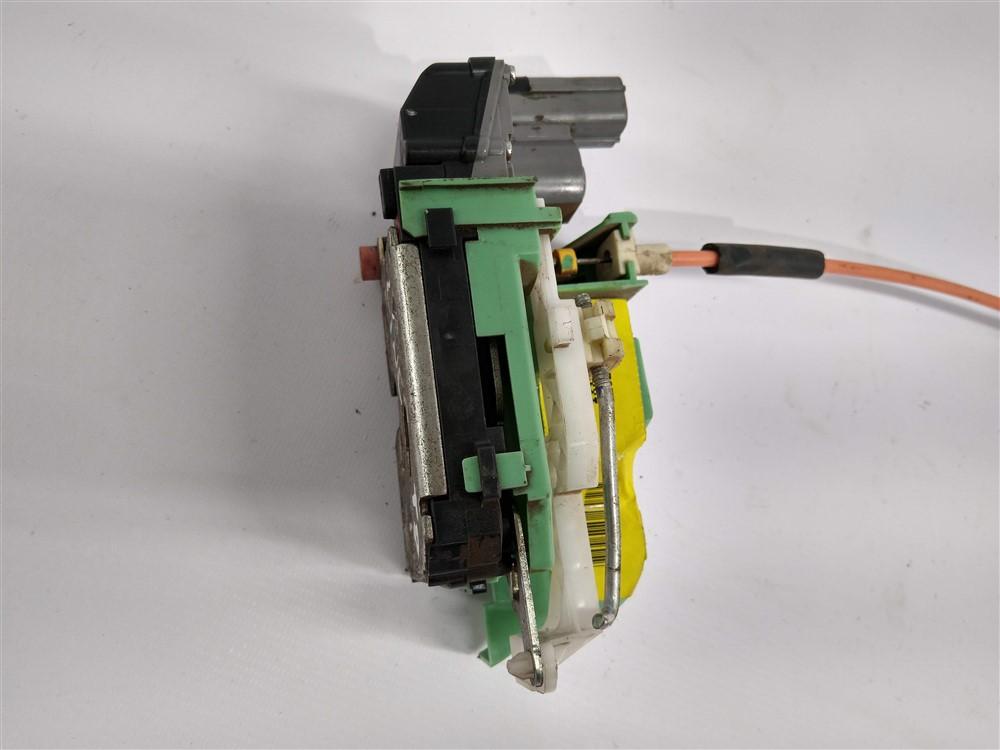 Fechadura trava elétrica porta Linea 2008-2012 traseira direita original