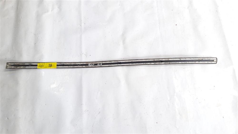 Friso borrachão lateral porta Golf 1999 2000 2001 2002 2003 2004 2005 2006 dianteiro esquerdo original