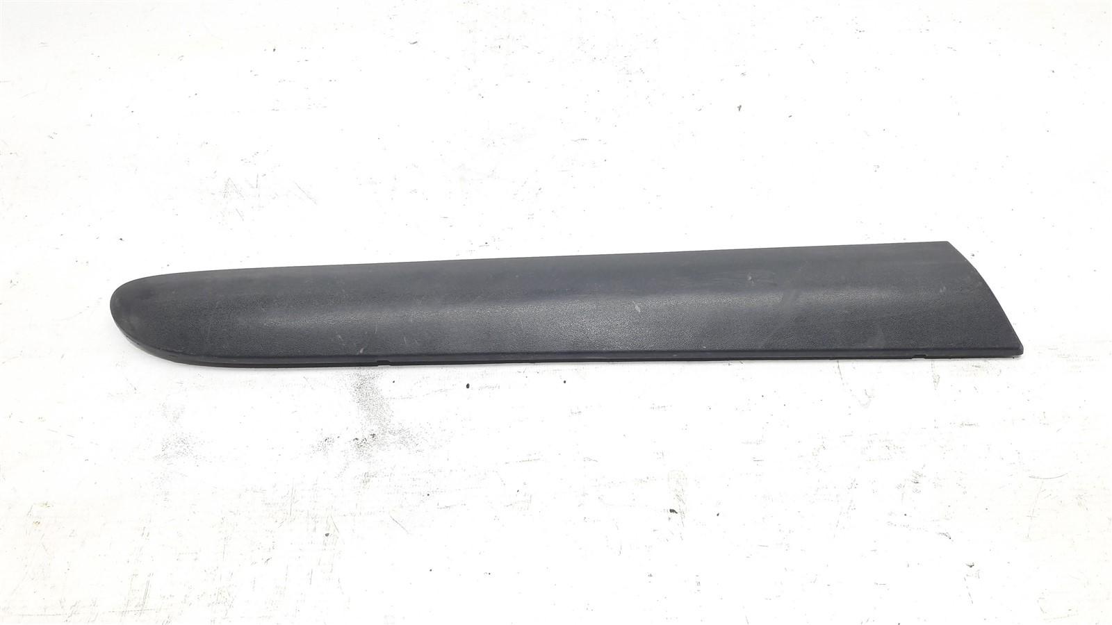 Friso borrachão lateral traseiro direito clio 2 portas 2001-2008