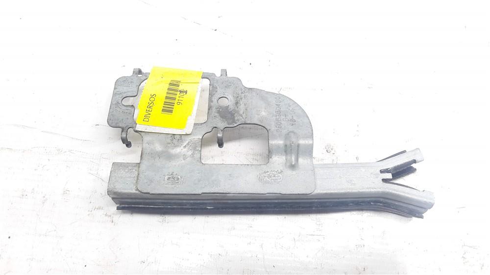 Guia canaleta vidro Peugeot 208 Traseiro esquerdo original