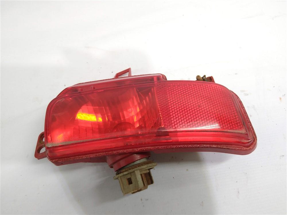 Lanterna neblina refletor parachoque traseiro Peugeot 207 passion direita