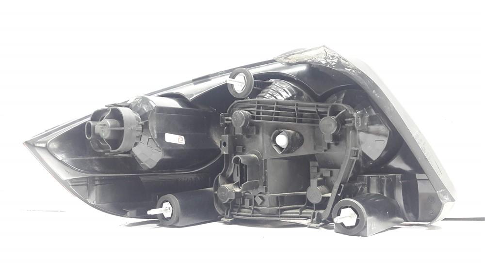 Lanterna traseira direita Fiat Linea 2008-2012