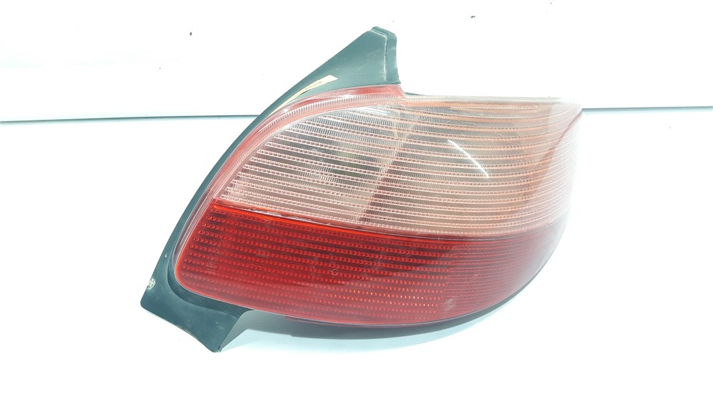 Lanterna traseira direita Peugeot 206 1998 1999 2000 2001 2002 2003 original