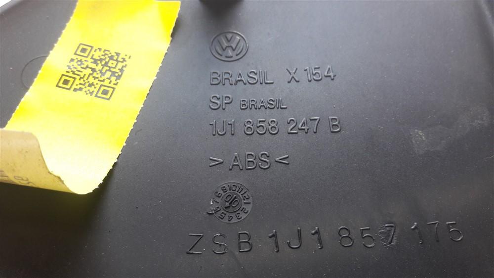 Moldura acabamento caixa fusível relê Golf 1999 2000 2001 2002 2003 2004 2005 2006 original