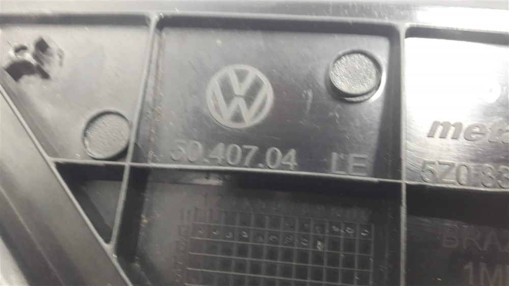 Moldura acabamento externa retrovisor paralama Fox 2010-2014 esquerda original