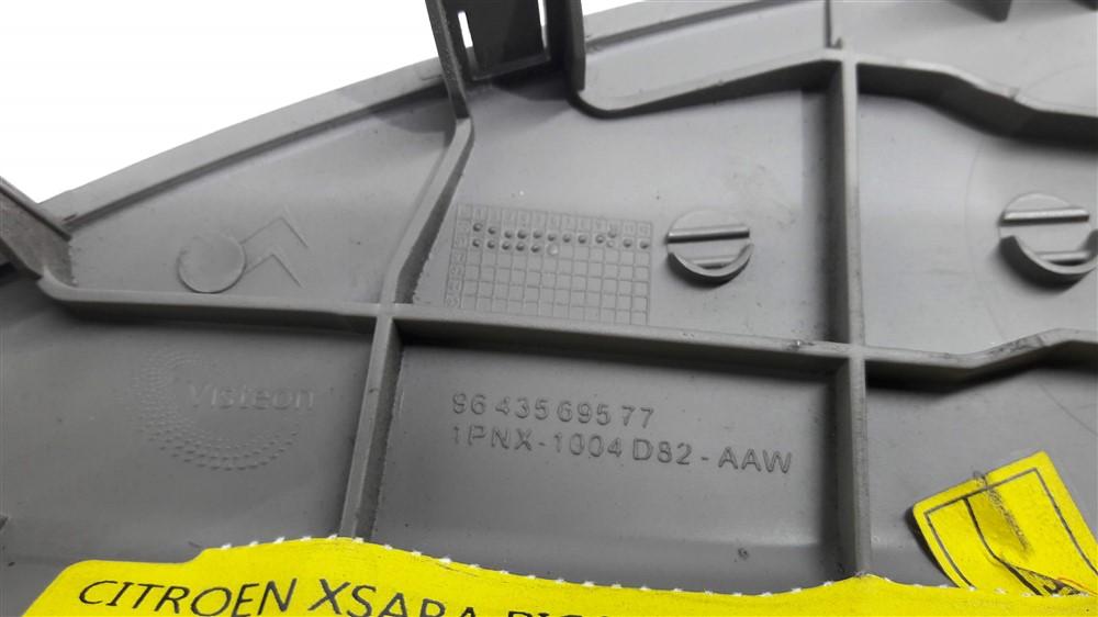 Moldura acabamento lateral painel Xsara Picasso 2001-2008 esquerda original