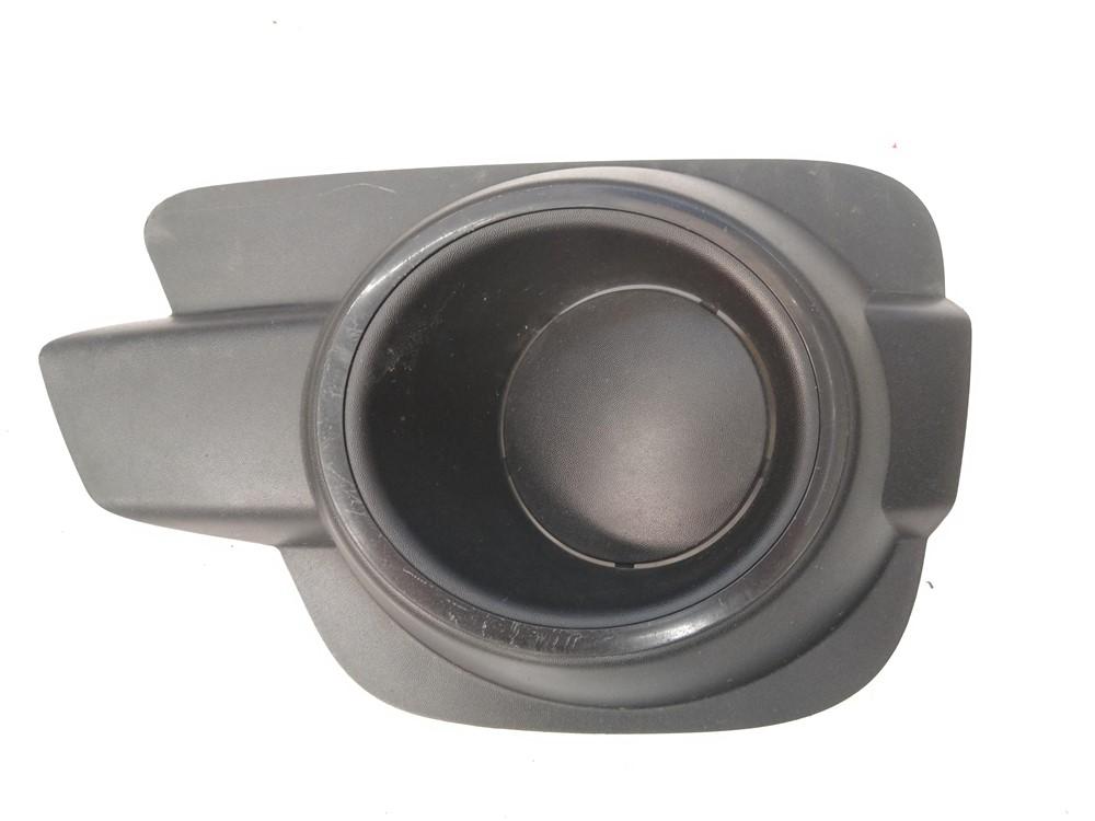 Moldura grade farol milha Renault Kwid esquerda original