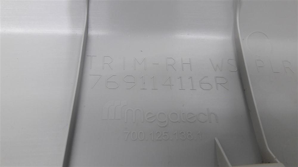 Par moldura acabamento coluna parabrisa Renault Kwid original