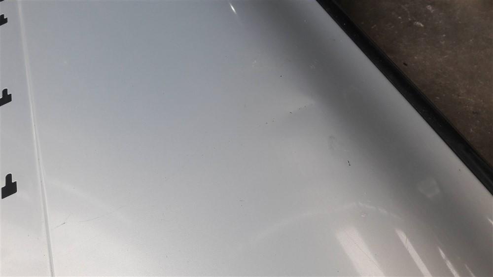 Porta dianteira esquerda Clio 4 portas 2000 2001 2002 2003 2004 2005 2006 2007 2008 2009 2010 2011 2012 original