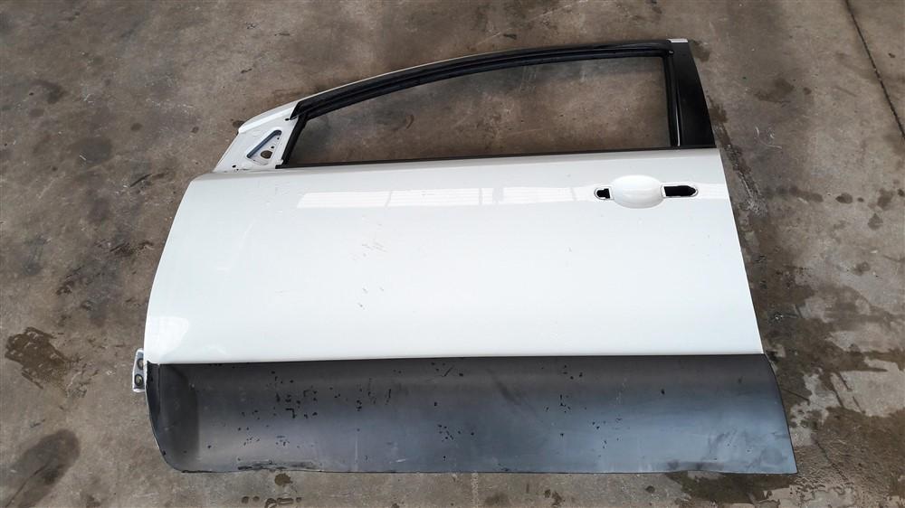 Porta dianteira esquerda Nissan Livina Xgear 2008 2009 2010 2011 2012 2013 2014 2015 original