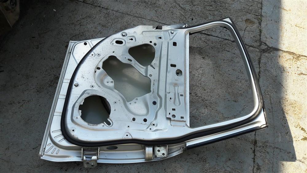 Porta traseira esquerda Citroen C5 Sedan 2008 2009 2010 2011 2012 2013 original